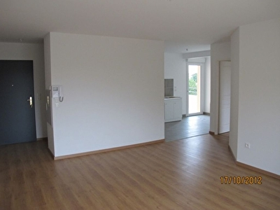 Appartement MOURS - 3 pi�ce(s) - 70.1 m2